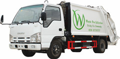 Compression Garbage Truck Isuzu 4 CBM