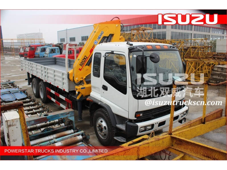 ELF Japanese 3 Ton Lorry Truck with Crane Mounted