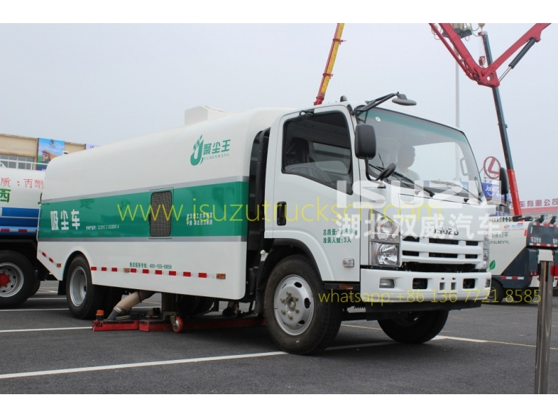 NPR ISUZU Vacuum Truck Mounted Road Sweeper