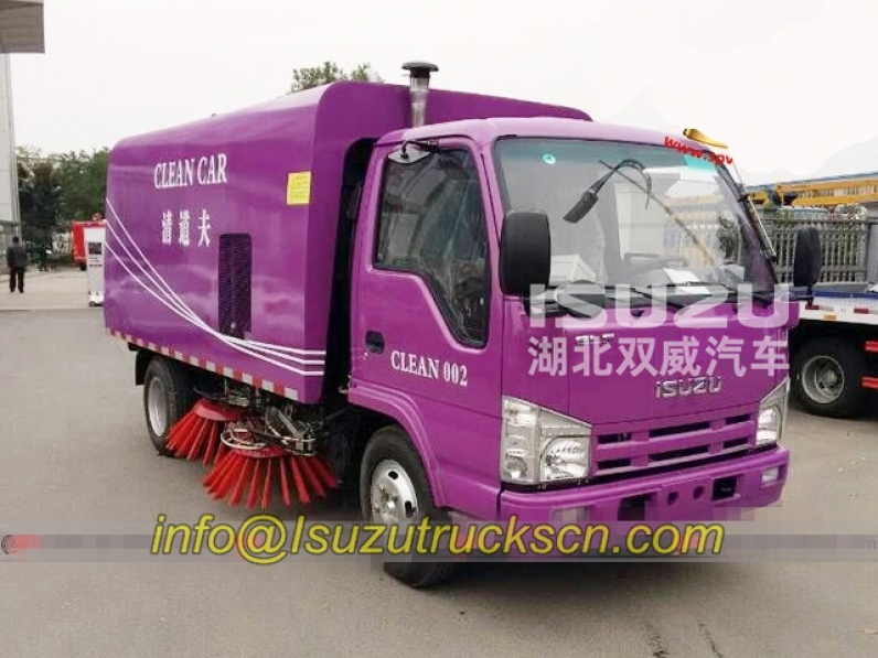 Road sweeping vehicle Isuzu Highways cleaner road sweeper truck